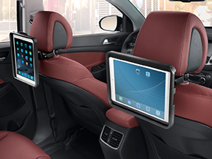 Tucson_2015_rear_seat_cradle_double_for_iPad_300x225)