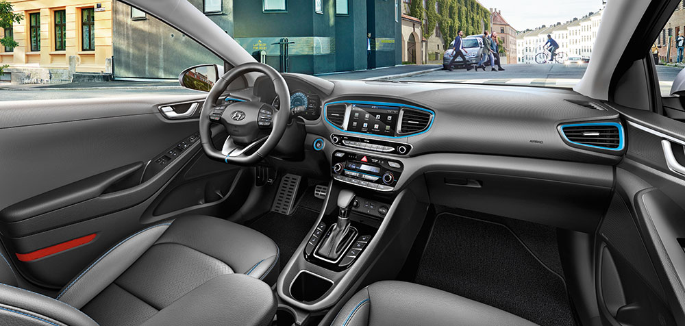 ioniq_hev_interior_main_1000x476